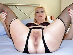 Incredible mature whore with huge breasts