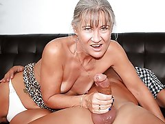 Enchanting mature gilf roughly fucked