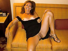 Alluring experienced female posing fully undressed