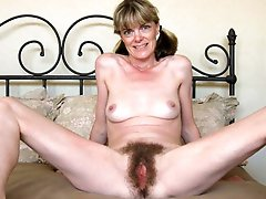 Ugly mature mistresses getting naked on pictures