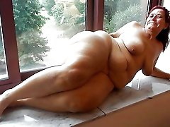 Shocking older chick getting nude on camera