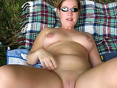 I love this MILF 381
