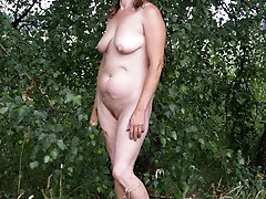 Fiery older girls posing totally undressed